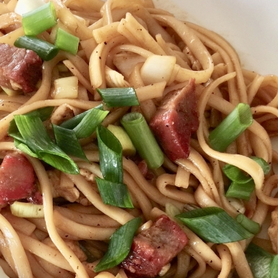 NOODLES WITH RED ROASTED PORK 600 gr.