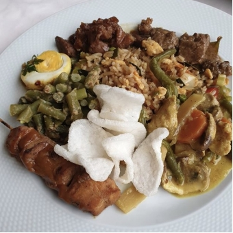 INDONESIAN RICETABLE FOR 2 (ONLY FOR HOME DELIVERY)